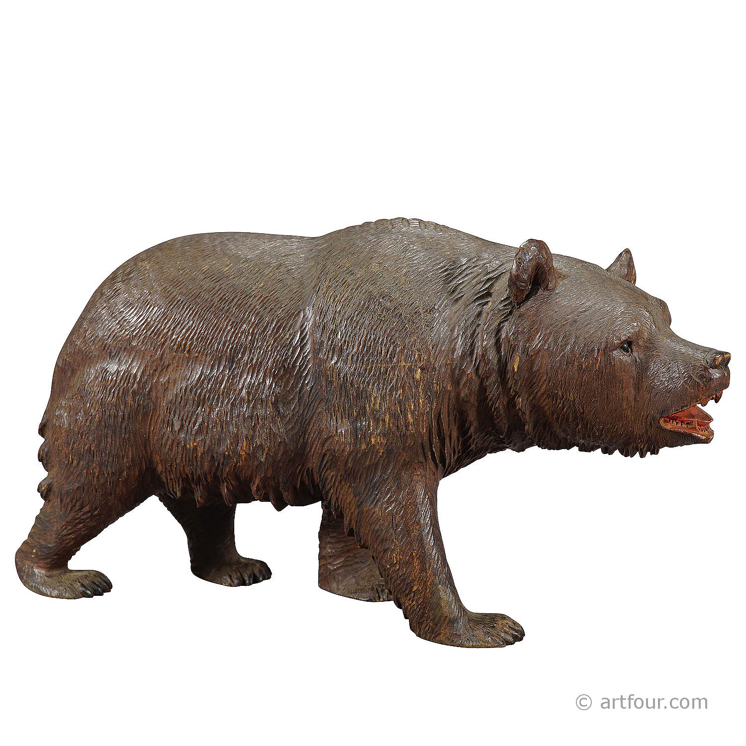 Whimsy wooden bear carved in Brienz ca. 1920