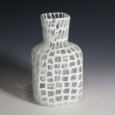 image of tobia scarpa vase 'occhi' for venini ca. 1960