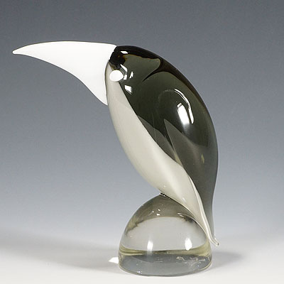 image of grosbeak glass sculpure by livio seguso for gral germany ca. 1970ties